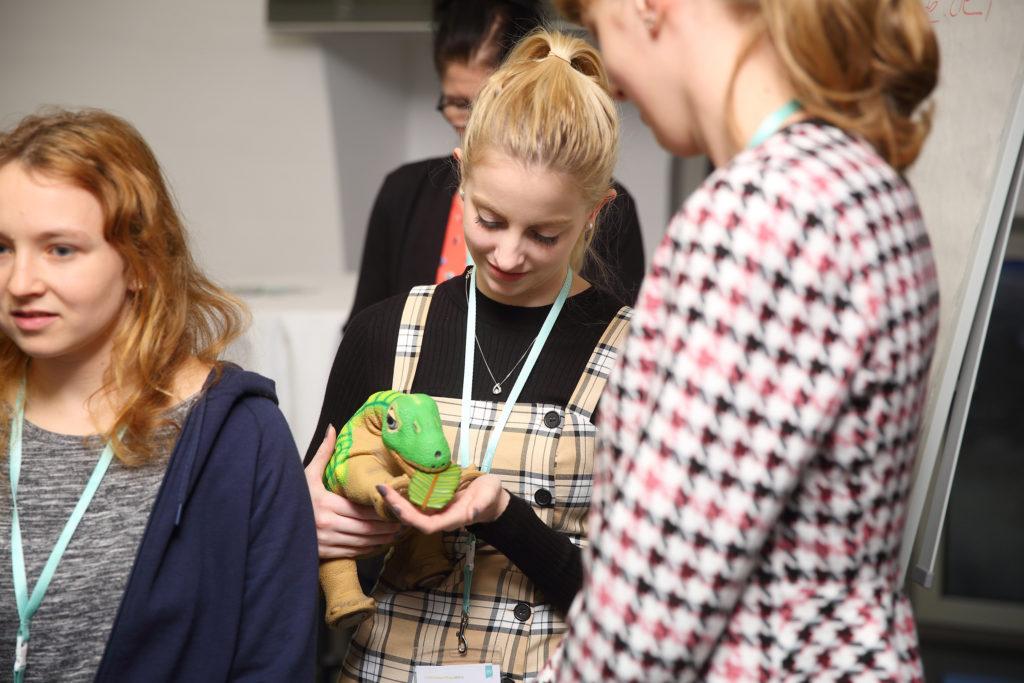 Pflege nur mit mir! Workshop zu sozial assistiven Technologien in der Gesundheitsversorgung auf dem Elisabeth-Vinzenz-Verbund-Campus in Berlin